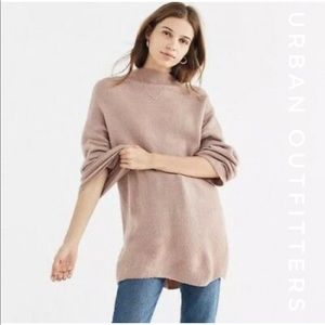NWT URBAN OUTFITTERS Mockneck Sweater